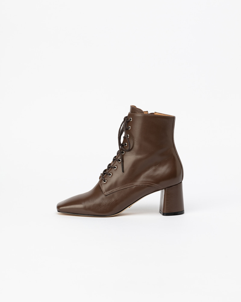 Renoir Lace-up Boots in Brown Kip