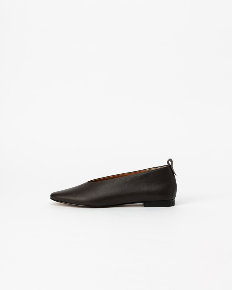 Lucenta Flat Shoes in Dark Brown