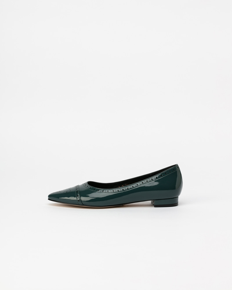 Hellebore Flat Shoes in  Shade Green