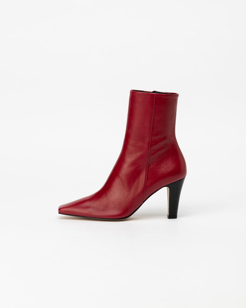 Mecenas Boots in Vintage Red