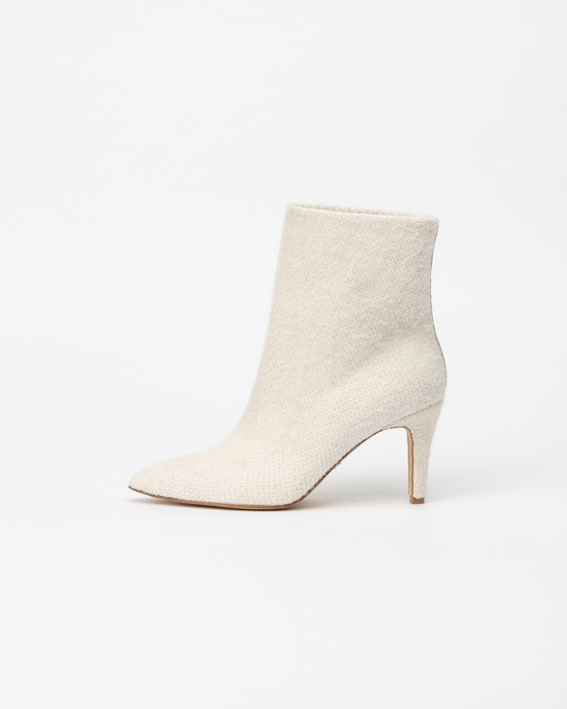 Françoise Angora Knit Boots in Ivory White