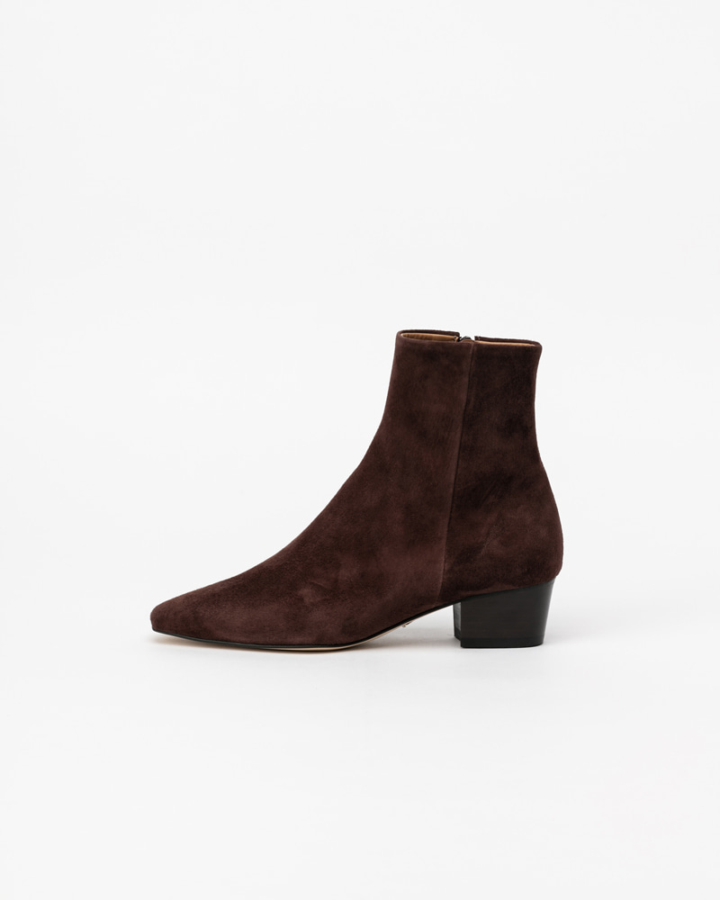 Eira Boots in Dark Brown Suede