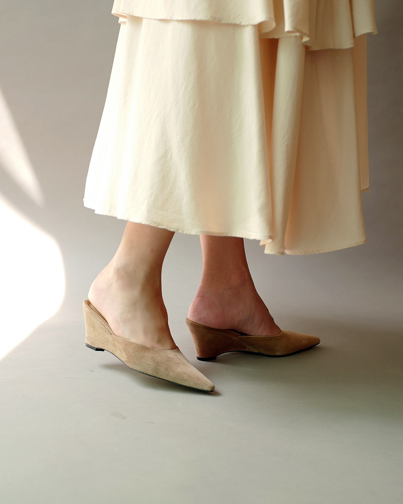 Mune Wedge Mules in Beige Suede