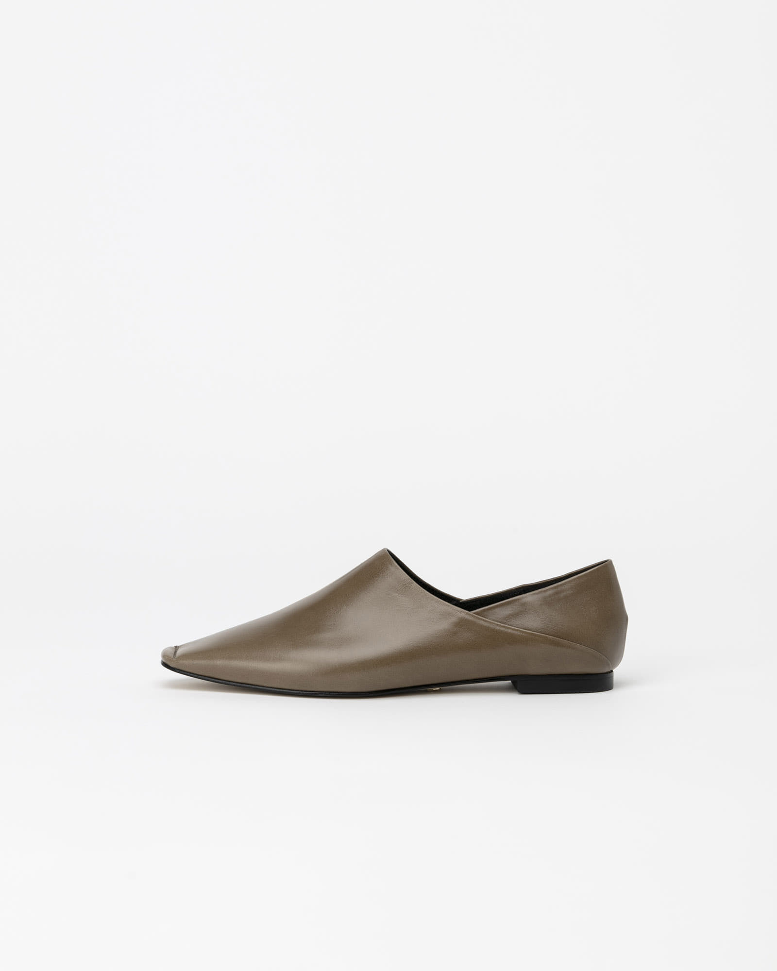 Vessel Flat Shoes in Textured Khaki