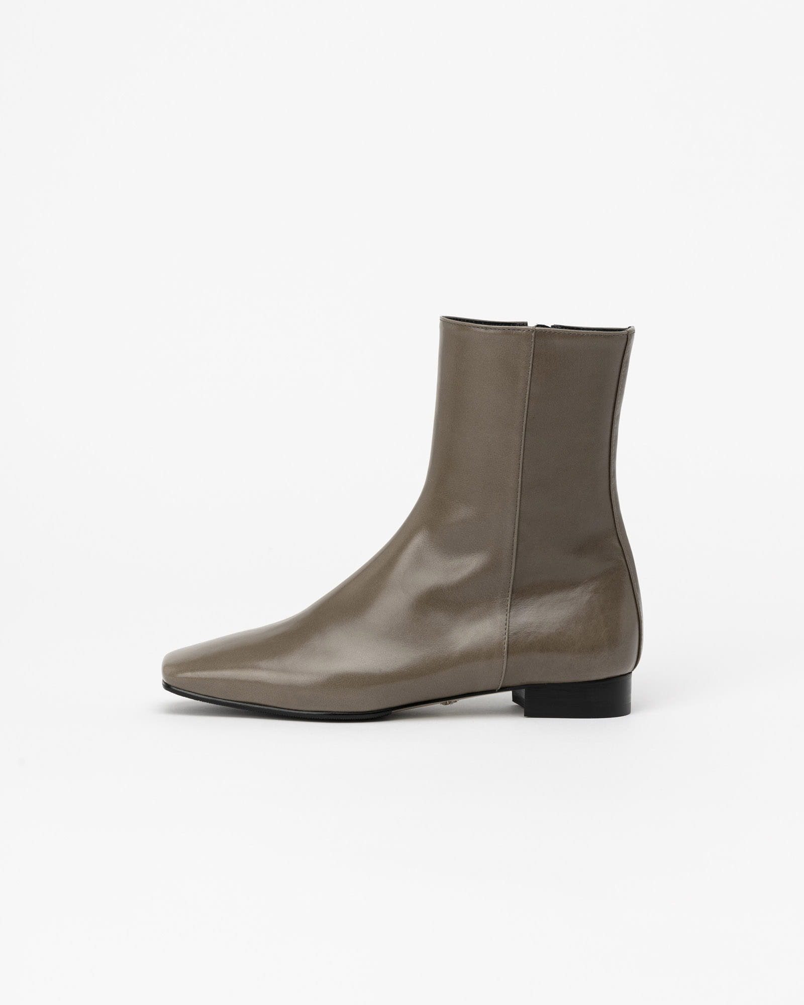 Sologram Flat Boots in Textured Khaki