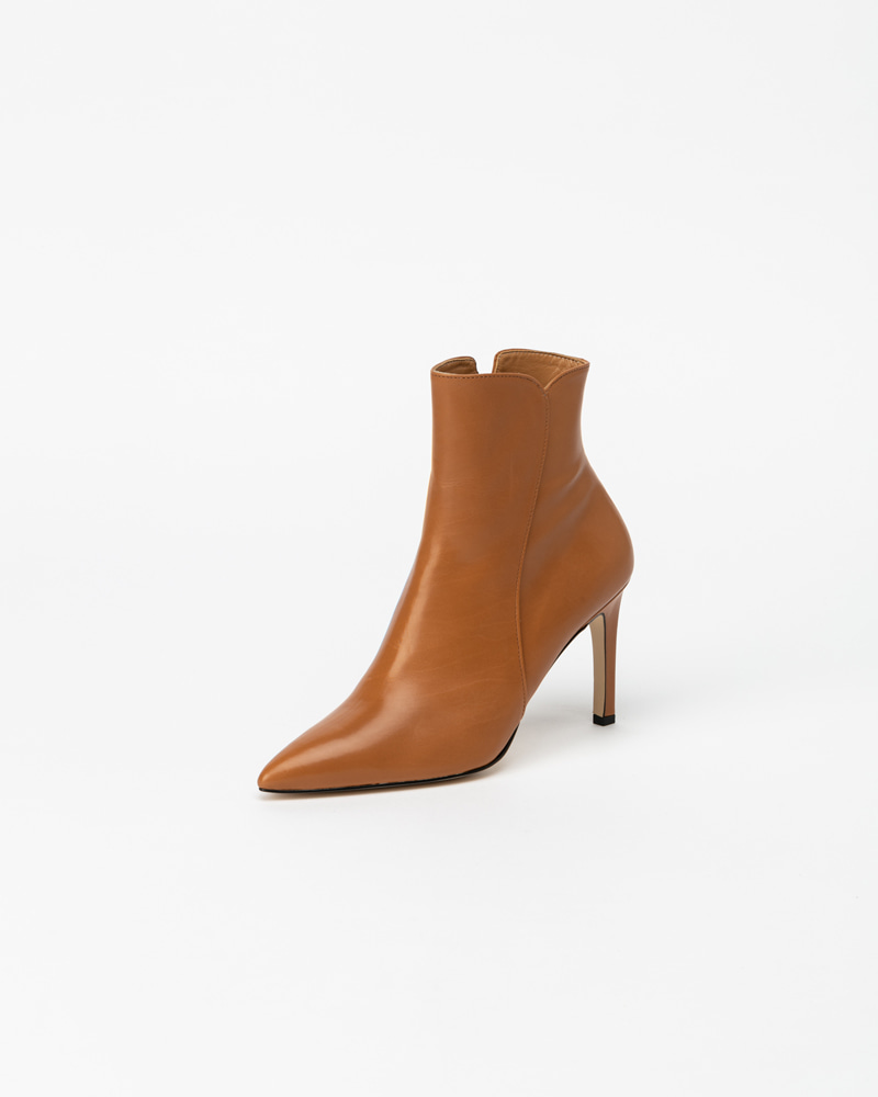 Pheonix Boots in Camel Calf