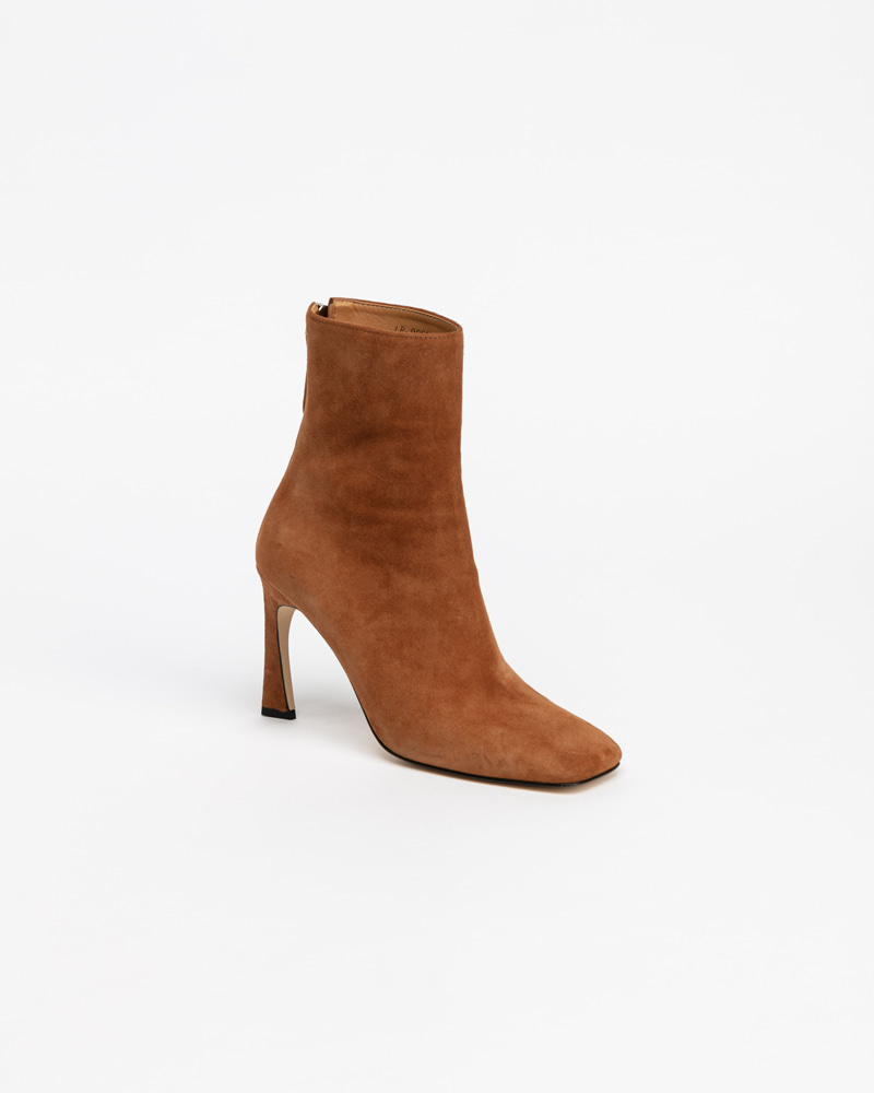 Delma Boots in Orange Camel Suede