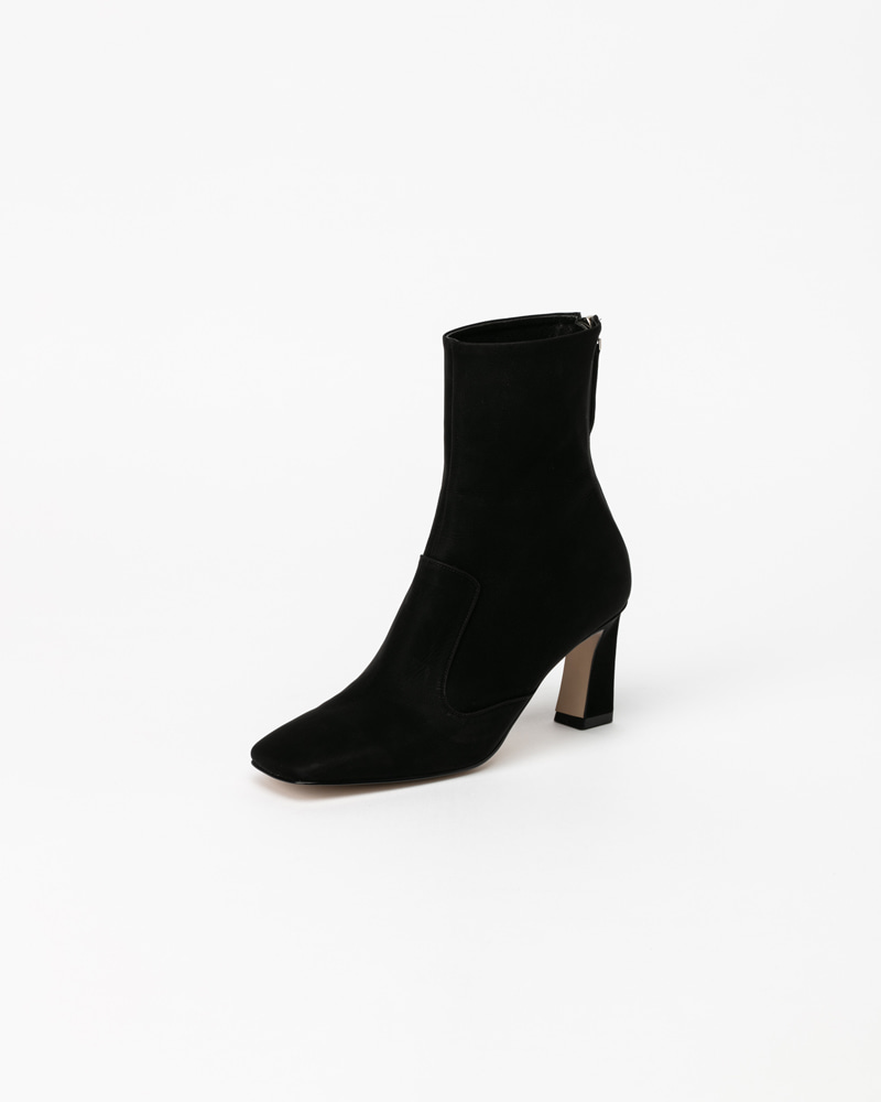Elisa Boots in Silk Coated Black