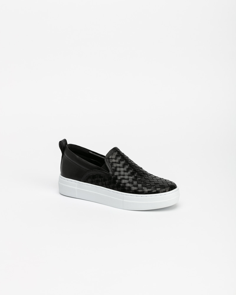 Fino Slip-on Sneakers in Black