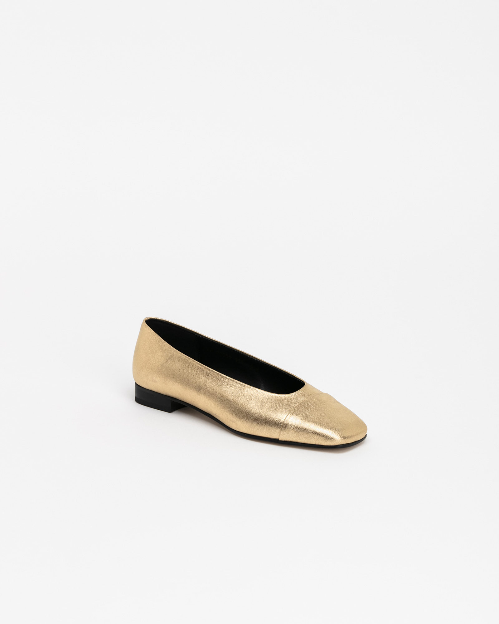 Grazia Flats in Textured Gold