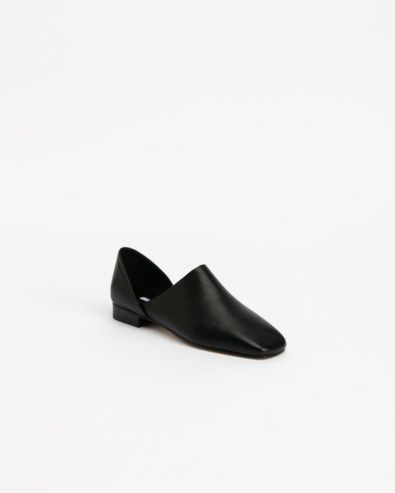 Tempera Flats in Black