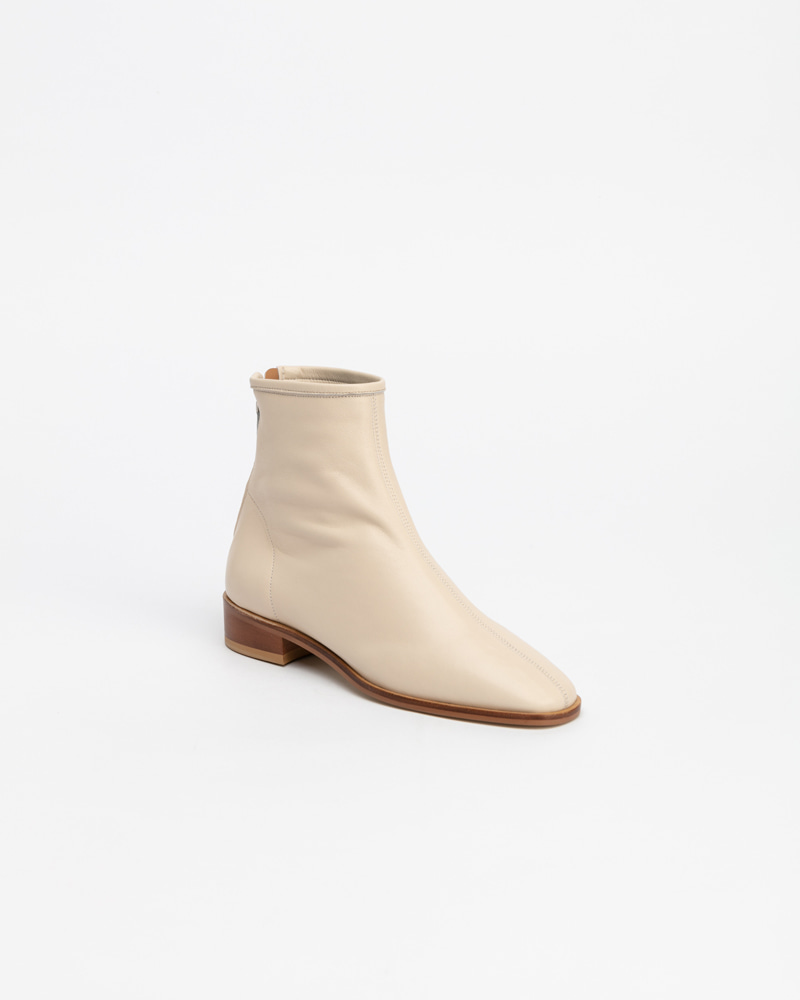 Souple Low Super Soft Boots in Ivory