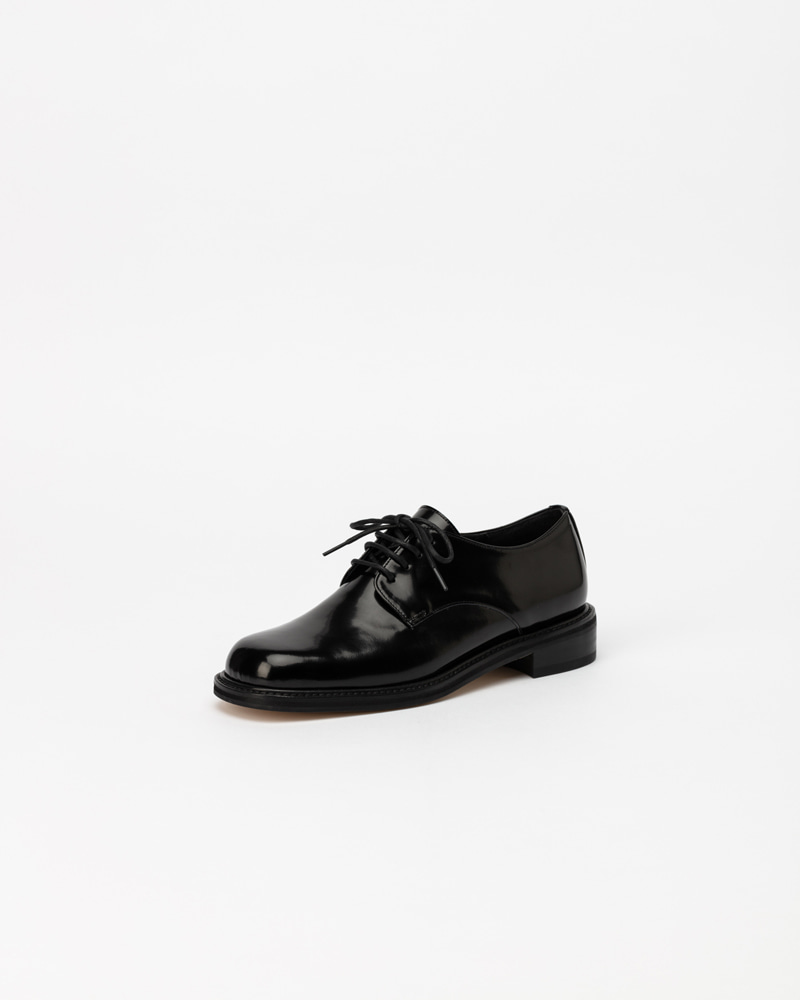 Flam Loafers in Black