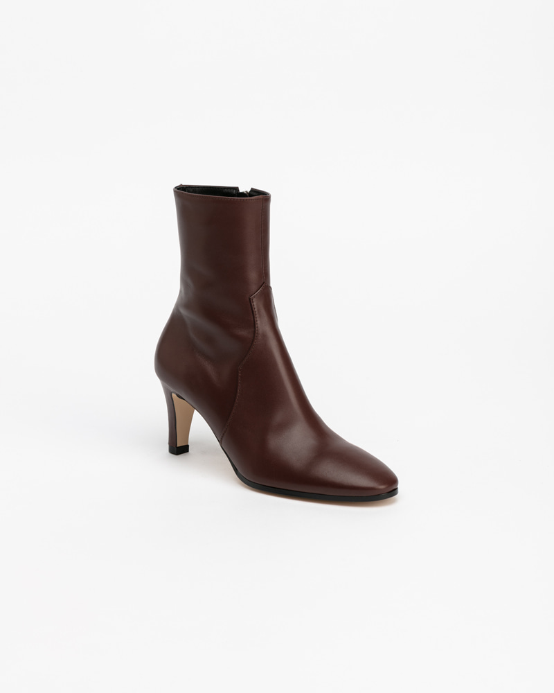 LeMonde Boots in Iron Brown