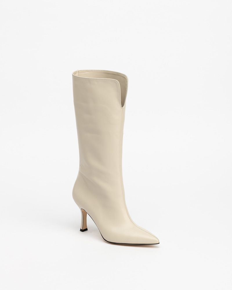 Raffles Boots in Ivory