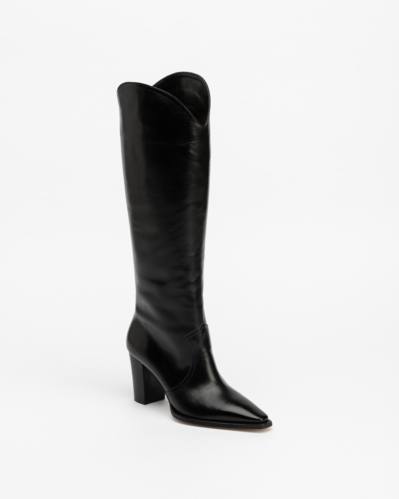 Claire Boots in Vintage Black