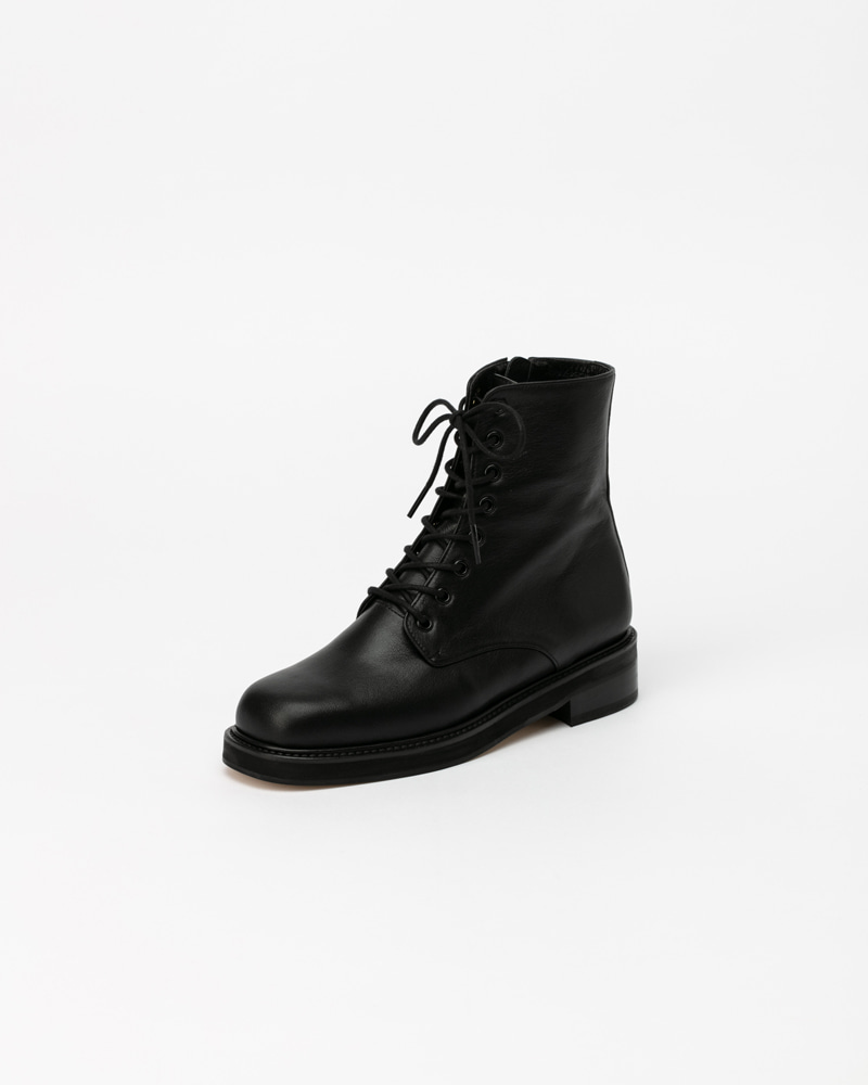 Becker Combat Boots in Black Kip