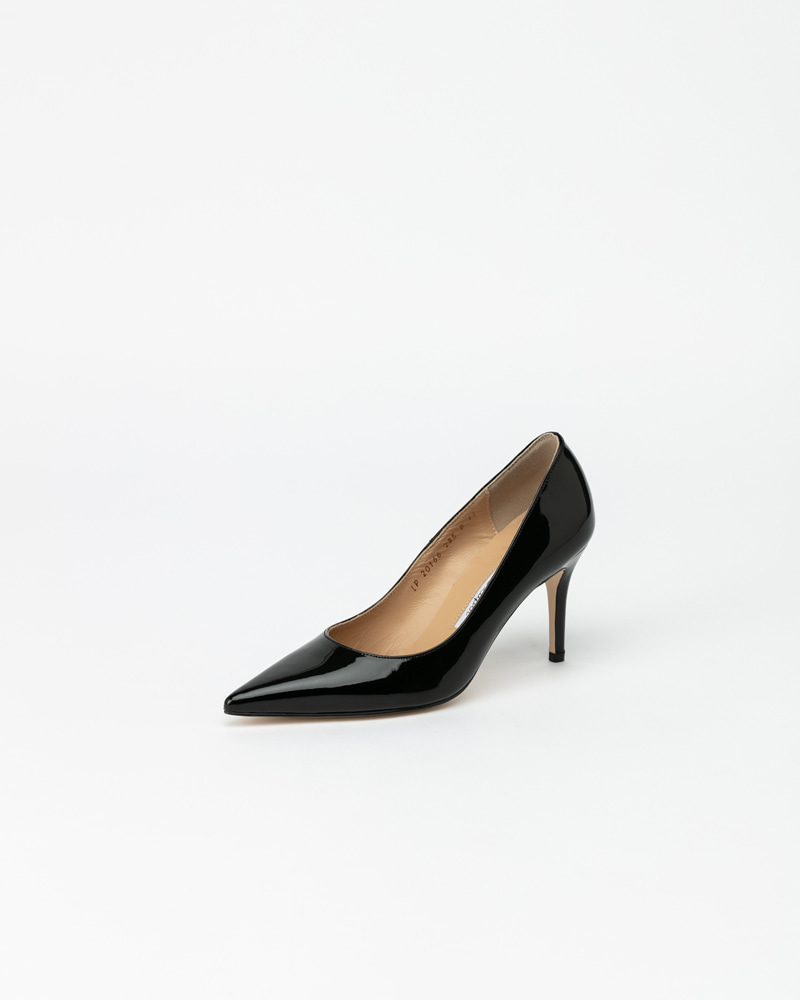Jenette Pumps in Black