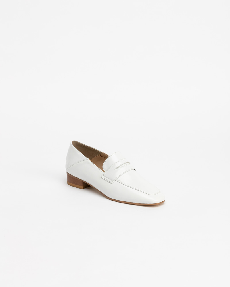 Heron Loafers in White