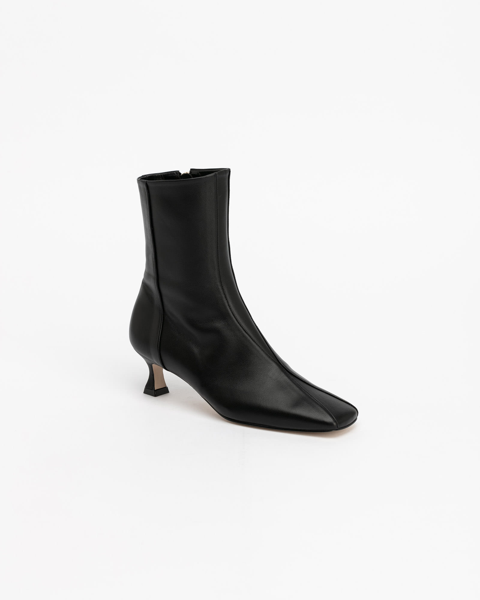 Chester Boots in Black