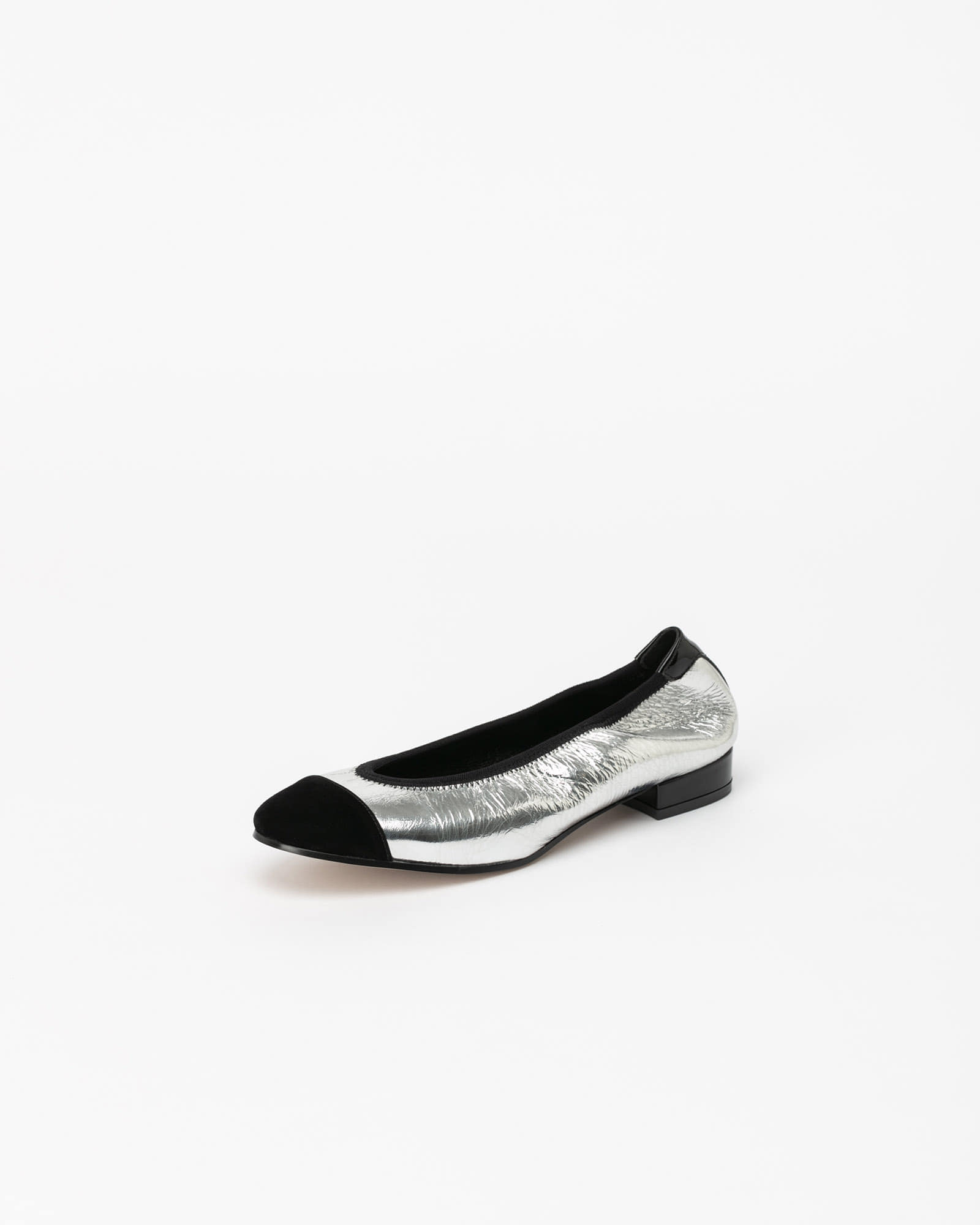 D'amore Flat Shoes in Silver with Black Toe